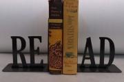 Sujetalibros: read