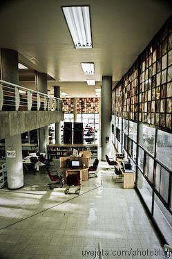 ¡Felices 65 Biblioteca Central UNAM!